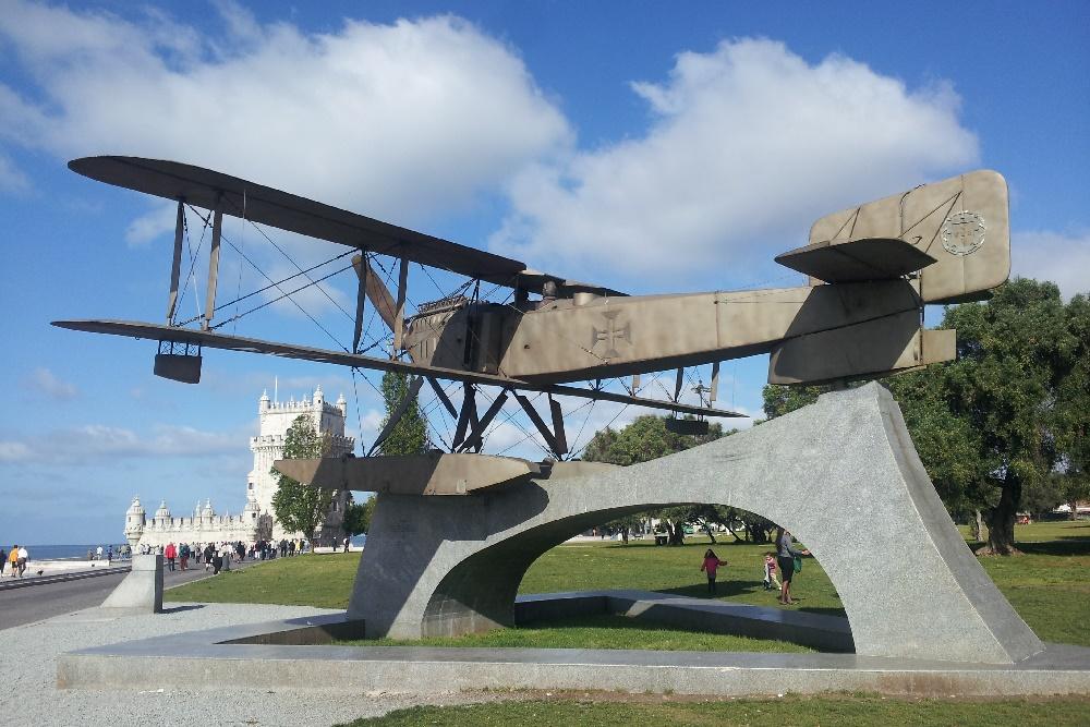monument to flight